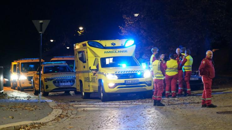 Na mjestu napada je i desetak vozila hitne pomoći