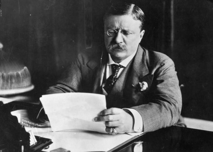 Nepoznata osoba pucala je u predsjednika SAD Teodora Ruzvelta