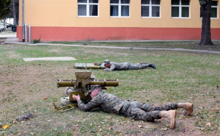 Vojnici OS BiH na obuci