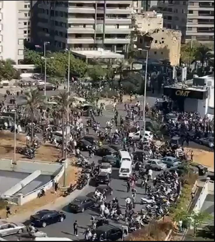 """Pristalice """"Hezbollaha"""" na demonstracijama"""