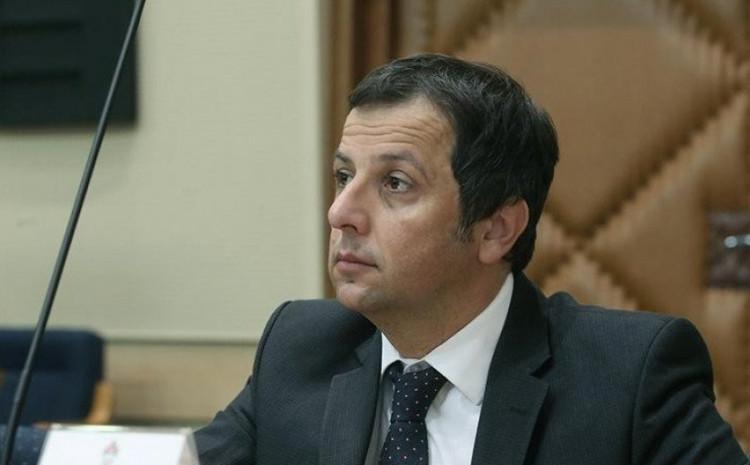Nebojša Vukanović: Dodik igra na sve karte