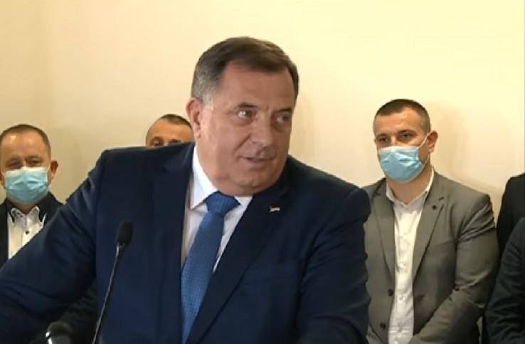 Pres konferencija Milorada Dodika